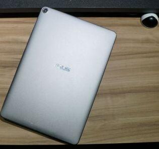 ASUS ZenPad 3S is official — a potential iPad killer? 23