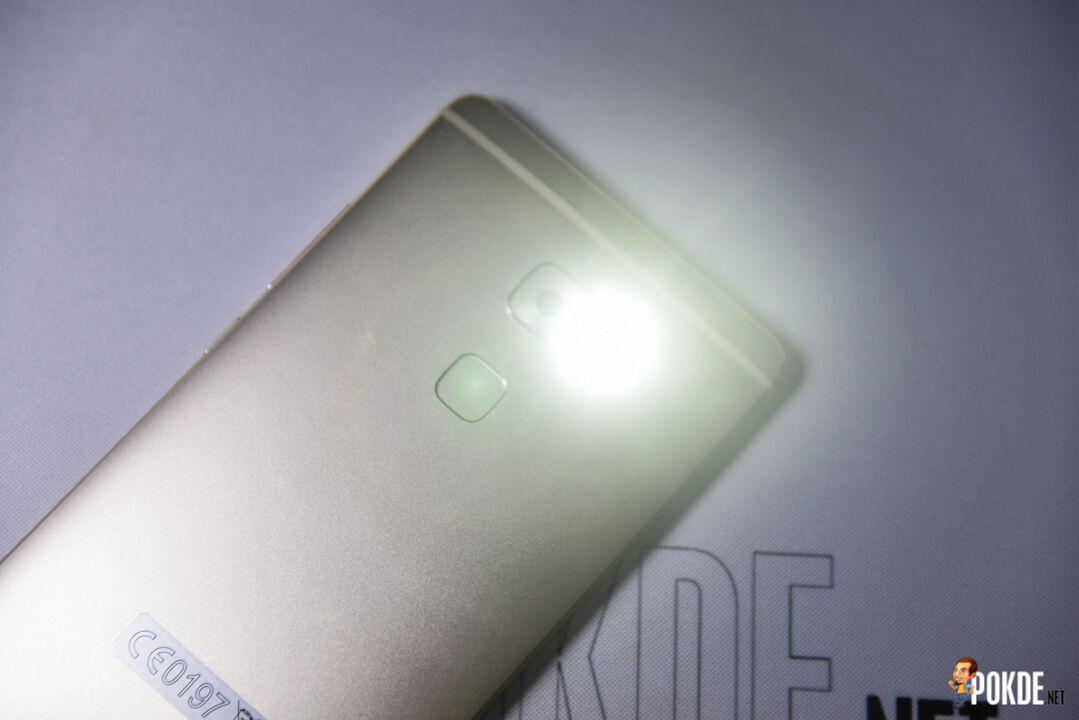 Huawei Mate S; the enhanced P8 25