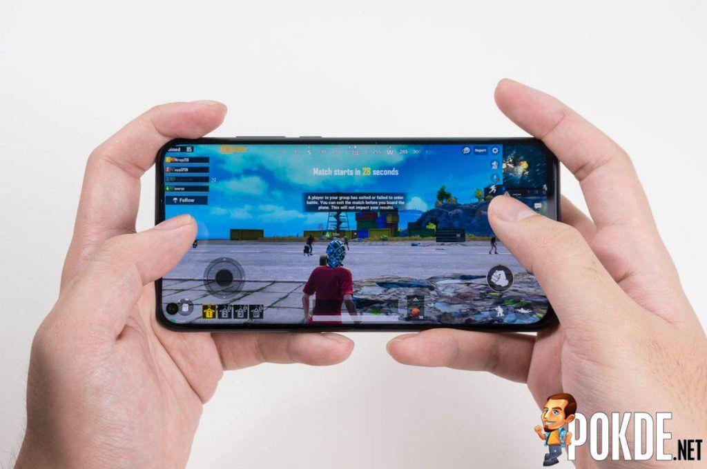 HONOR View20 in-screen camera gaming PUBG Mobile