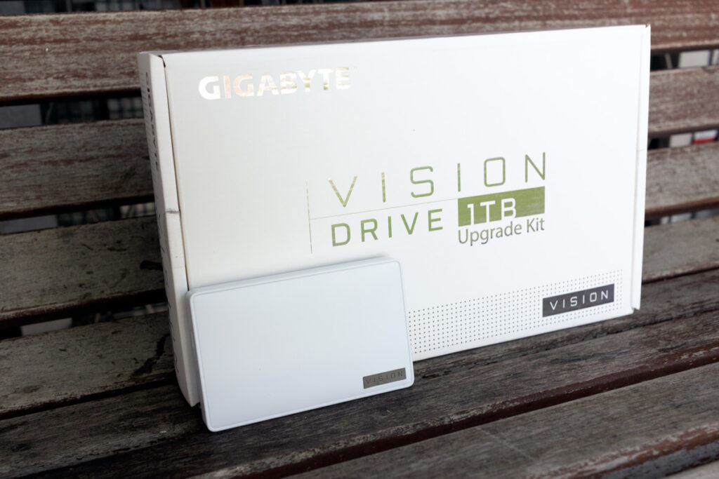 GIGABYTE VISION DRIVE 1TB Upgrade Kit Review — Speed On The Go 37