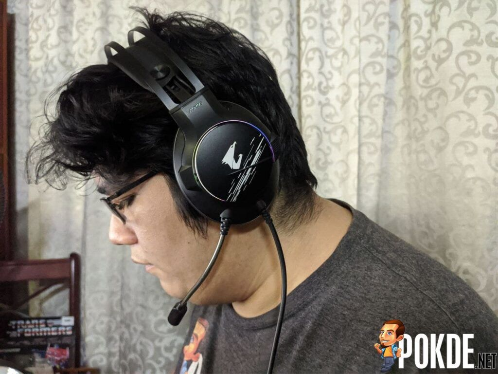 GIGABYTE AORUS H1 Gaming Headset With Head 2