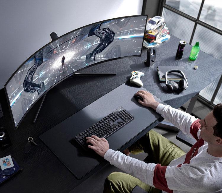 Samsung Odyssey G9 2021 gaming
