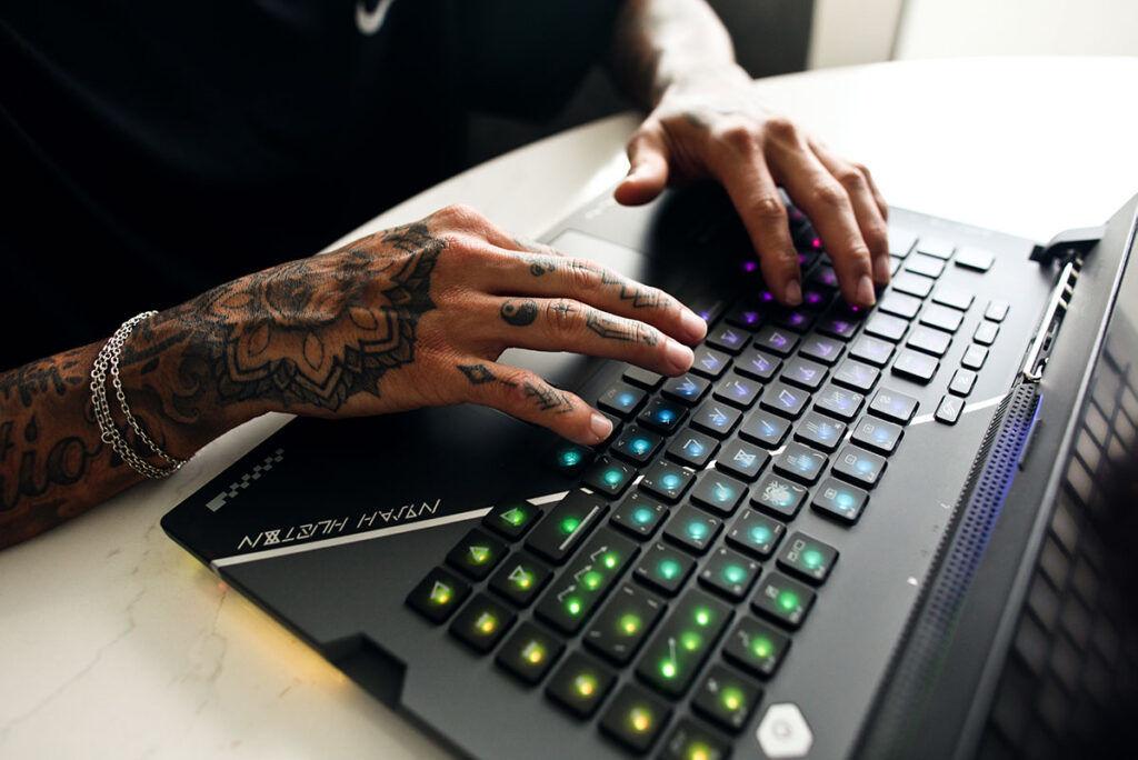 ROG Strix Nyjah Huston Special Edition keyboard