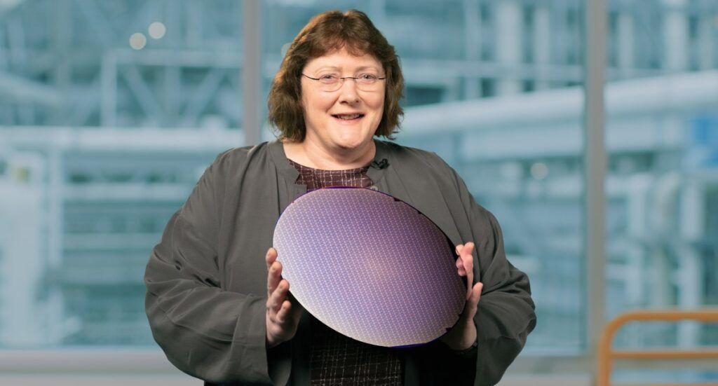 Intel-Accelerated-Ann-Kelleher-2 (1)