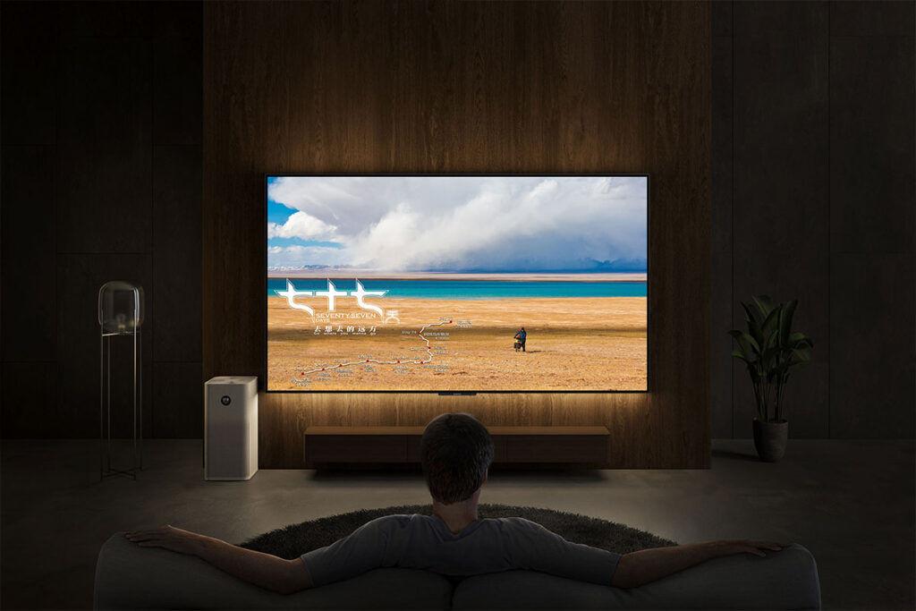 Xiaomi Mi TV 6 OLED wall